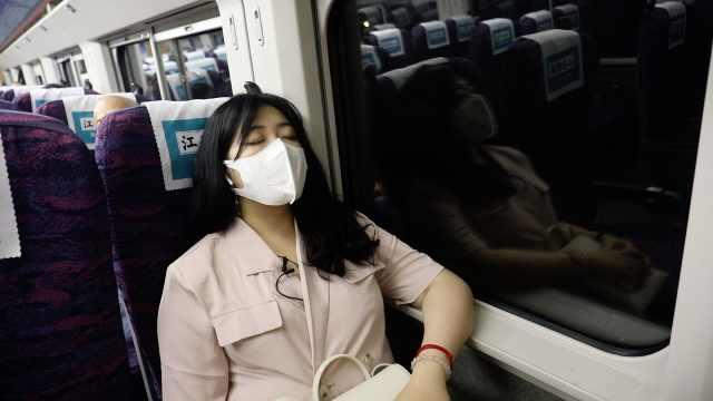 双城生活女孩的一天:坐高铁上下班,半小时从苏州奔到上海