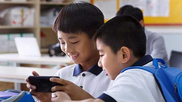国家新闻出版署限制未成年游戏时间,腾讯网易回应
