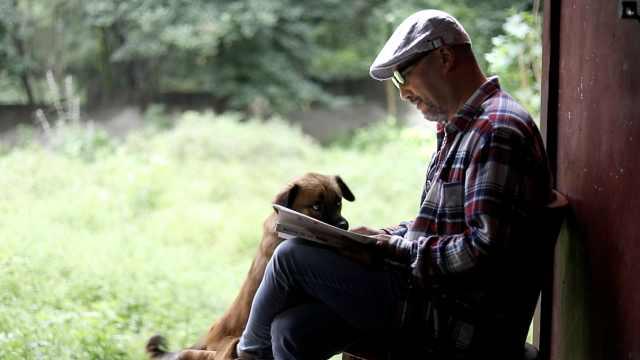 《阿楚姑娘》词作者隐居终南山7年:曾患抑郁,放羊缓解失眠