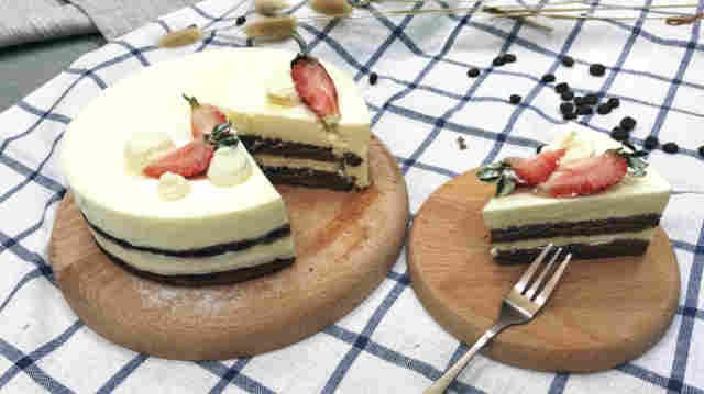 夏日救你一命的巧克力酸奶慕斯蛋糕