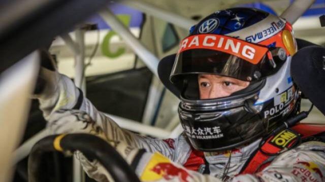 国内顶尖赛车手带你体验速度与激情