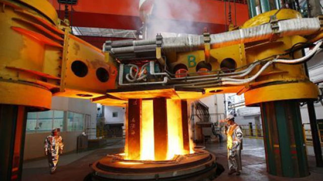 中国造世界最大电渣熔炉