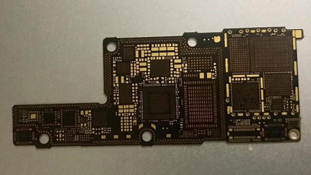 iPhone8组件又曝光,PCB电路板来了