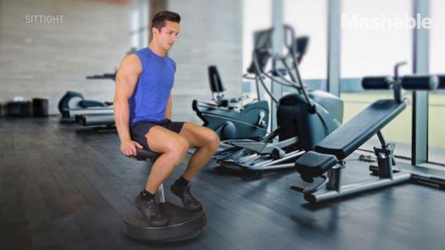 这把椅子,只需坐着就可以健身