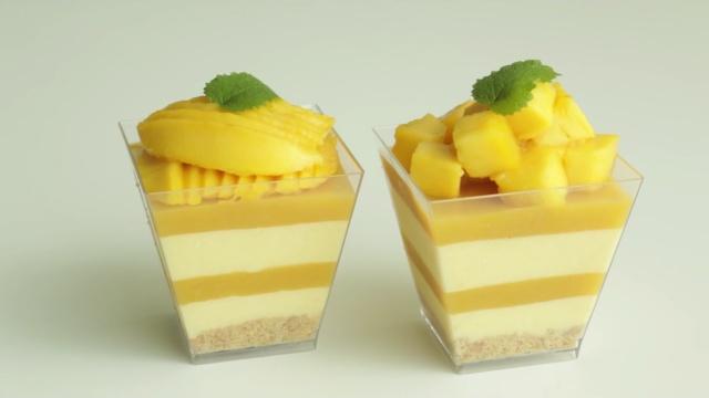 超满足的芒果慕斯蛋糕
