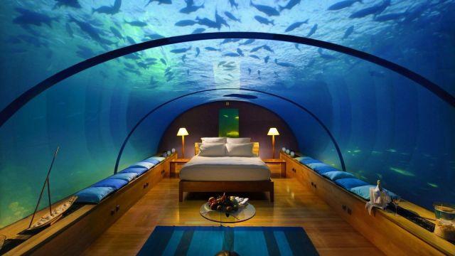 全球首家十星级酒店,设在海底20米