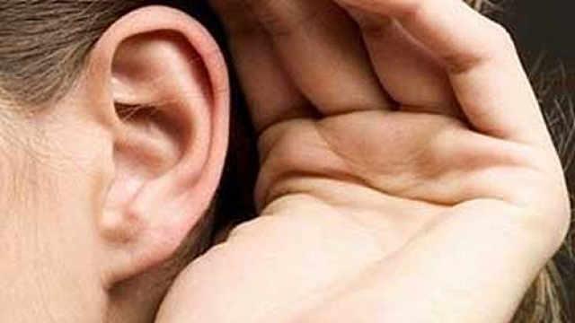 每天一按耳鸣死穴,防治耳病!