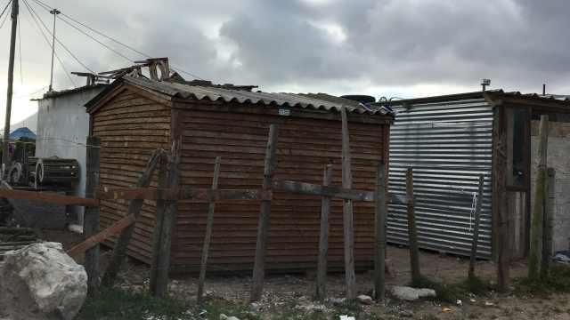 我路过南非贫民窟去富人区超市看看