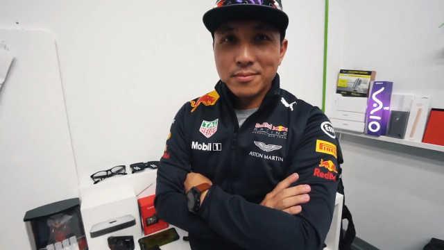 开箱F1赛车官方纪念装和大疆配件