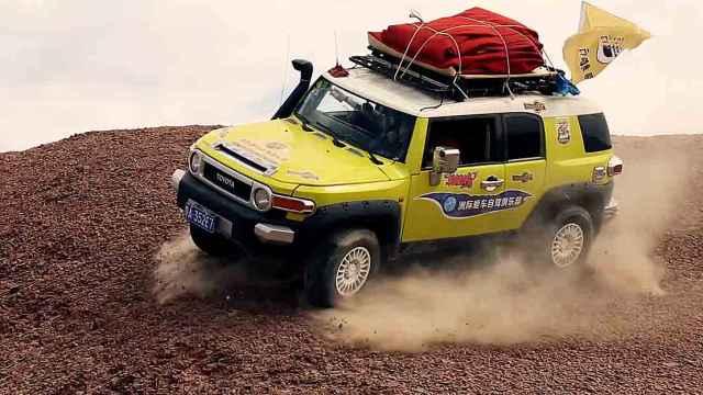 探秘罗布泊,自驾老司机沙漠飙车
