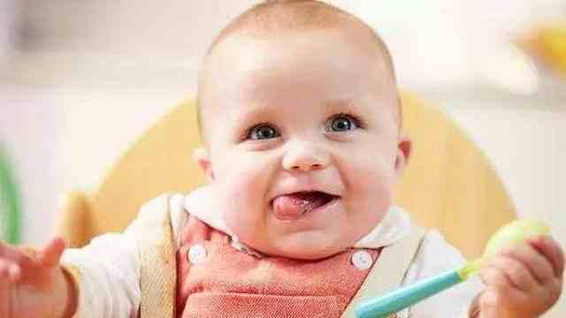 父母如何让偏食的宝宝爱上吃饭