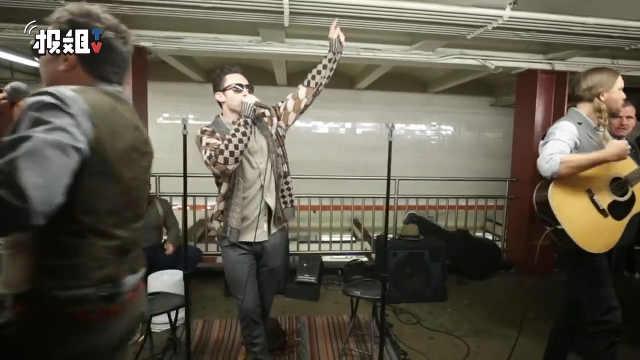 肥伦、骚当纽约地铁献唱,超惊喜