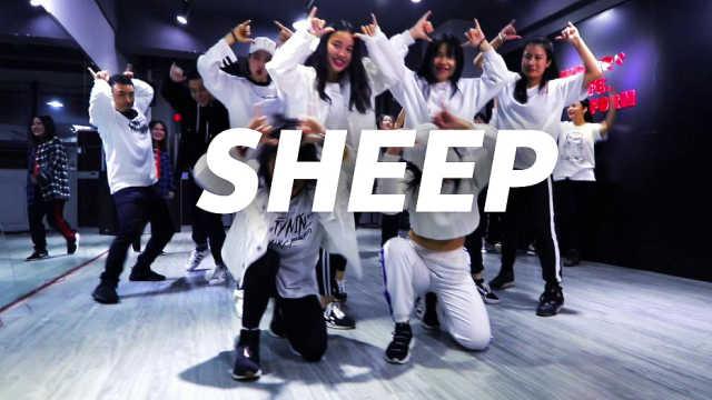 张艺兴《SHEEP》,舞蹈挑逗绵羊