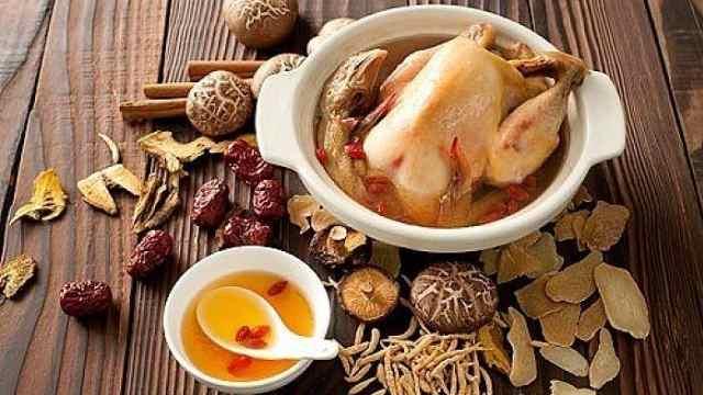 冬补之王黄精鸡,补肾、补脾、补肺