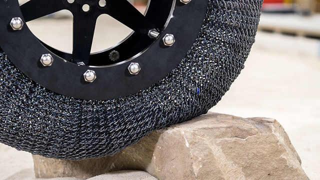 NASA开发出能承受剧烈变形的轮胎