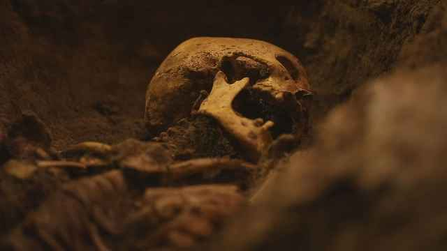惊人?!消失的棺椁和尸骨……