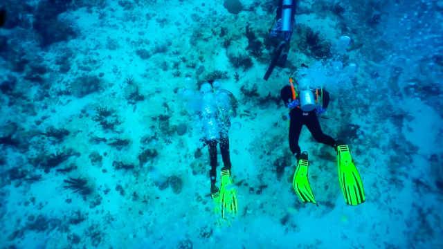 惊险!第一次下海试潜水遇到洋流?