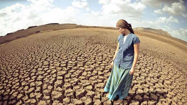 地球的水突然干了,人类会灭绝吗?