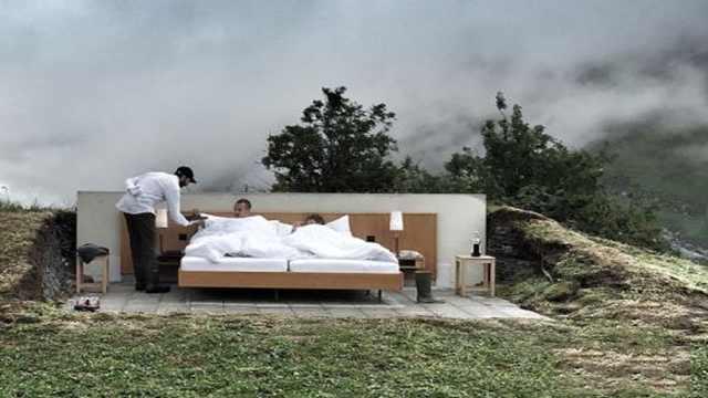 这家酒店无墙无门,每晚竟要1400元