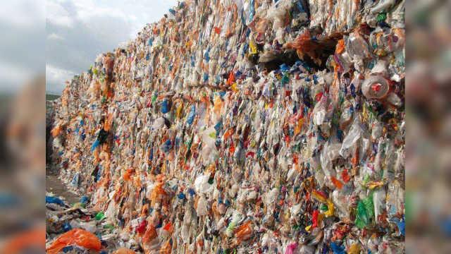 为什么中国每年从英国进口垃圾?