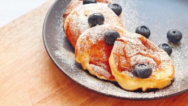 日式舒芙蕾松饼:咬一口云朵入肚!