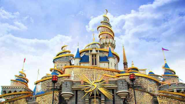 国内主题乐园会超越迪士尼吗?