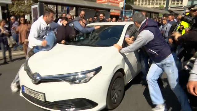 """雅典出租司机罢工抗议Uber""""入侵"""""""