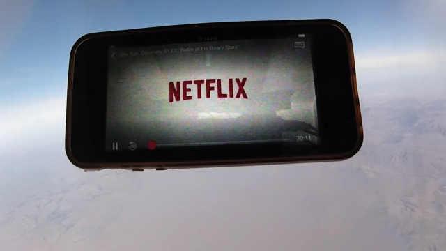 Netflix要将iPhone送进太空放视频