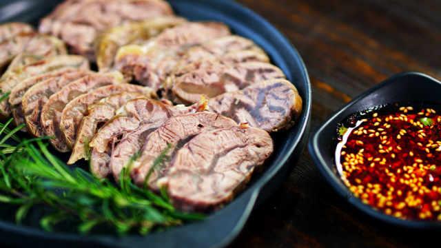 五香酱牛肉,酱香浓郁,口感绝佳
