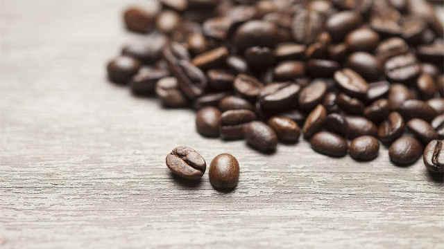 来,喝一杯精品咖啡吧