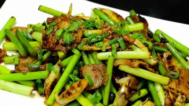 春笋蒜苔炒肉,适合春天的一道美食