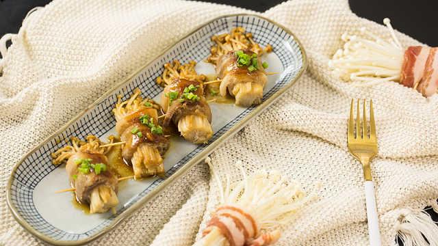 鲜嫩多汁的五花肉卷金针菇