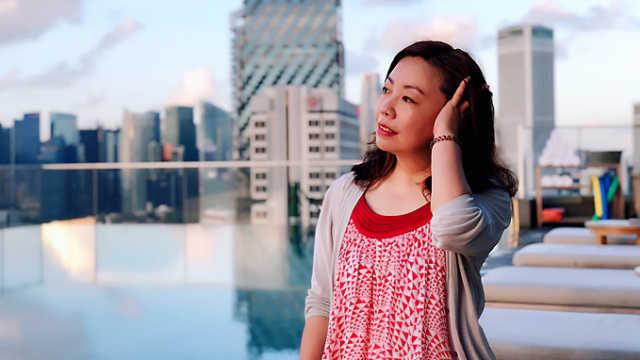 一个酒店控在新加坡毫无防备被撩了