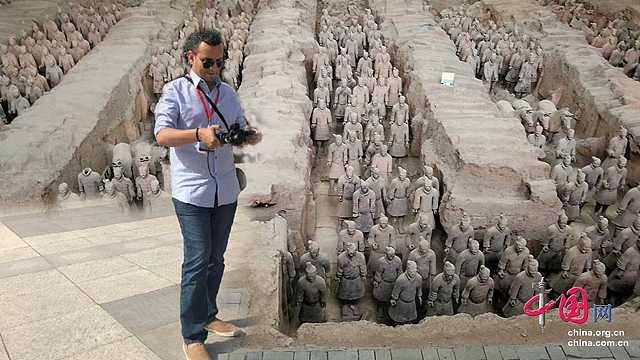 埃及专家游览秦兵马俑
