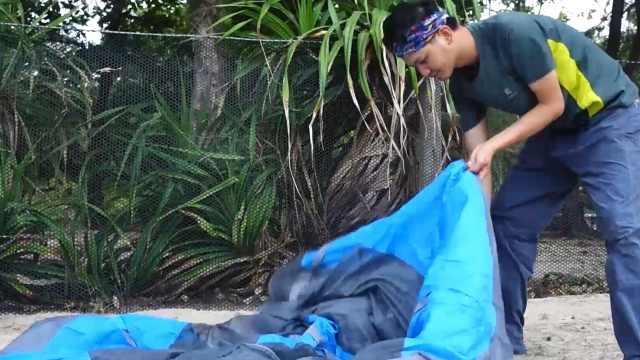 在斯里兰卡搭帐篷住,享受海风吹拂