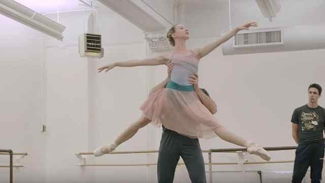 揭秘!专业芭蕾舞者的生活是怎样的