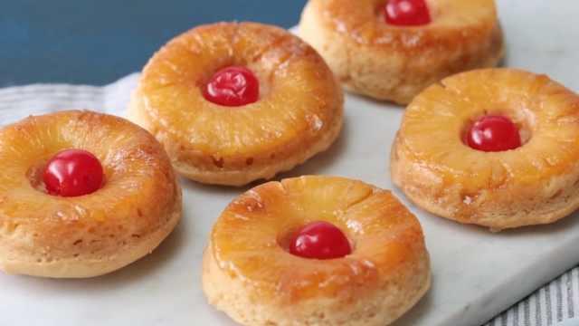 自制菠萝甜甜圈,美味的夏季甜品