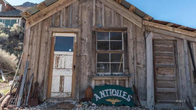 美国加州鬼镇出售,售价一百万美元
