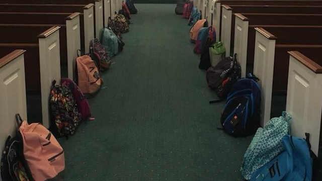 美国老师用葬礼为学生募捐学习用品