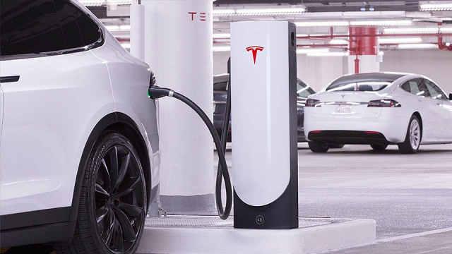 特斯拉糟糕售后:充电桩1年坏2次?