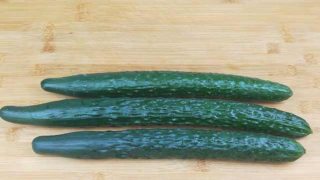 黄瓜新吃法,比凉拌好吃多了