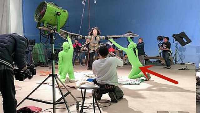 奥特曼拍摄,是怎么让人飞起来的?