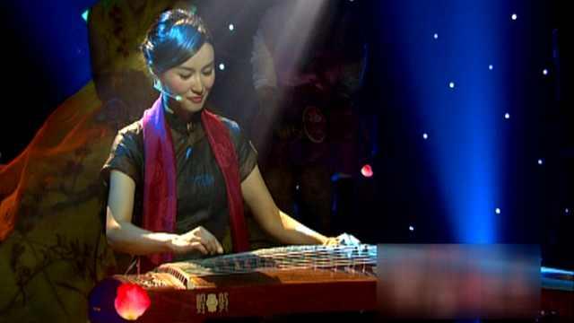 粤语版《彩云追月》,好美,好听!