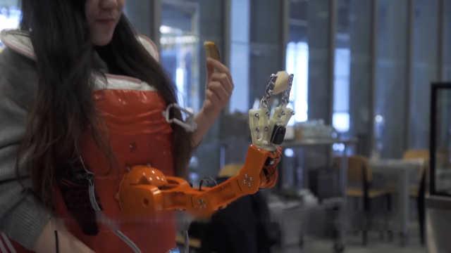 喂饭机器人,解决吃饭要动手的难题