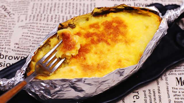 寒冷的冬天,芝士烤红薯吃起来!