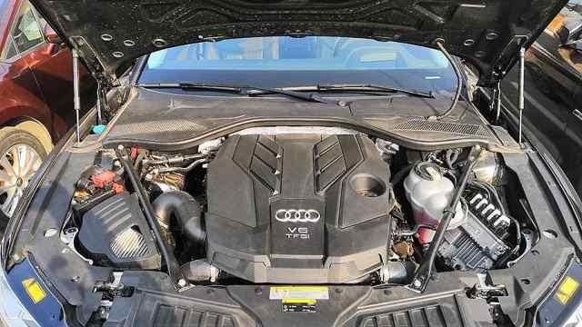 新款奥迪A8L的驾驶品质如何?
