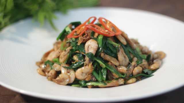 家家必备的南方菜:韭菜炒河虾