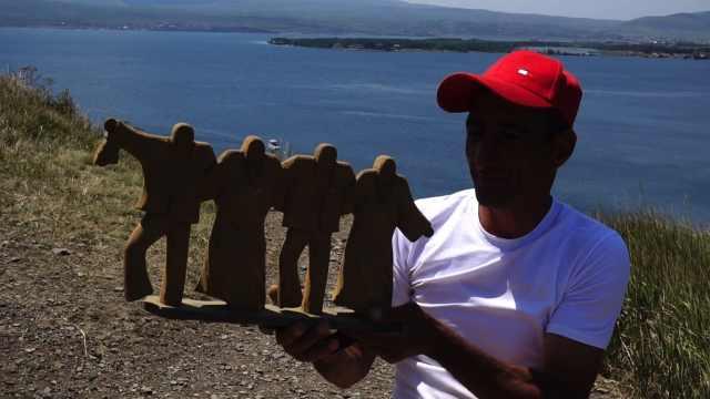 从埃里温到帆赛湖,遇到酷酷的大叔