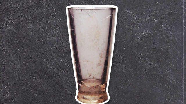 """""""穿越""""的水晶杯"""