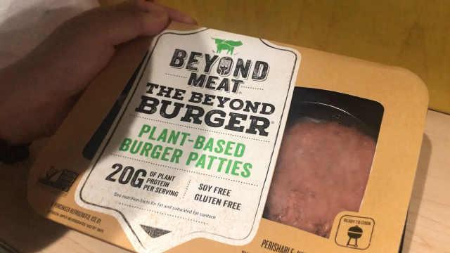 红透美股的人造肉,我们把它烤了!